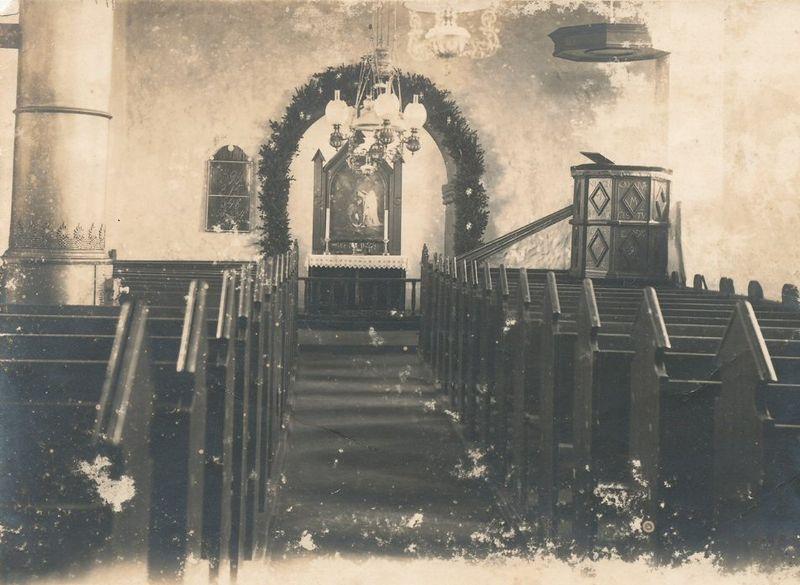 Fil:HorneKirke interieur foer1939.jpg